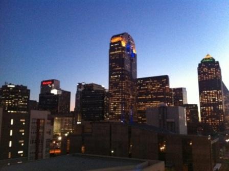Dallas%20Downtown%E7%B8%BA%EF%BD%AE%E8%9E%9F%E6%87%88%E5%8B%B9.jpg