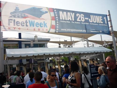 Fleetweek_pier1.jpg