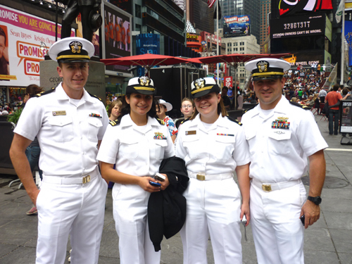 Fleetweek_timesquare2.jpg