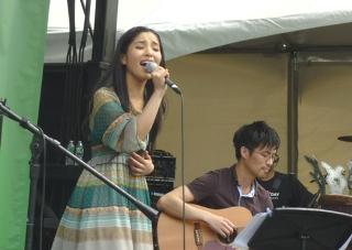 Japanday_minamishow1smll.jpg
