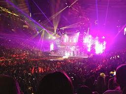 Justin_fans3.jpg