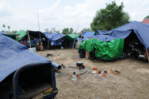 Refugee%20Camp%20%285%29.jpg