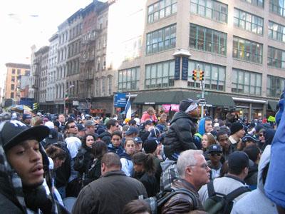 Yankee%20Parade_crowd.jpg