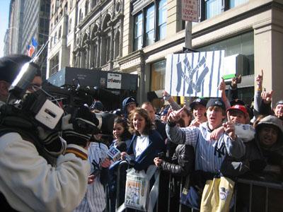 Yankee%20Parade_crowd2.jpg