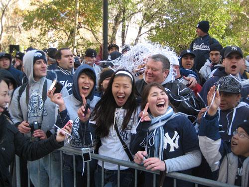 Yankee%20Parade_crowd3.jpg