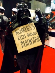 comicon_darthvader.jpg