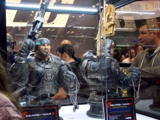 comicon_weapons.jpg
