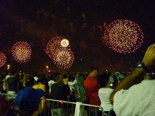 fireworks_2md.jpg