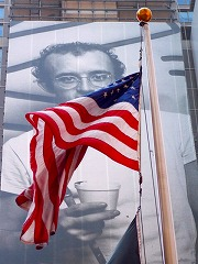 s-American%20flag2.jpg