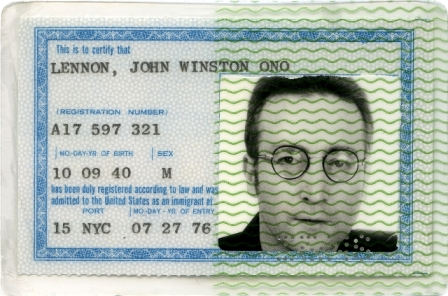 JOHN_LENNON_green_card-_June_27%2C1976.JPG
